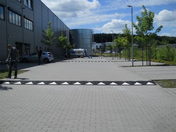 Überfahrrampe / Kabelbrücke